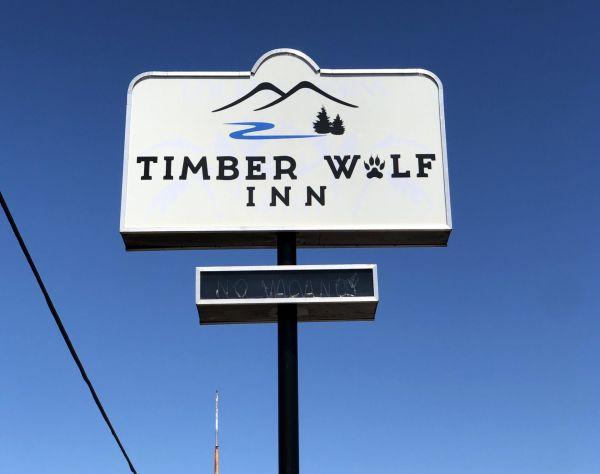 Timber Wolf Inn